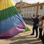 Izada de la bandera multicolor por el #DiaInternacionalOrgulloLGTBI #diversidad #igualdad #tolerancia https://t.co/dfENkolDEu
