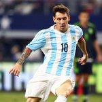"""Maradona: """"Messi doit rester dans la sélection pour devenir champion du monde 2018 en Russie"""" https://t.co/qaxe9Xi7tg"""