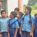 This teacher climbs a mountain everyday to keep this govt school going https://t.co/3SrLyIAlas https://t.co/5Mm3lu6aRS
