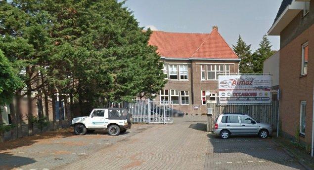 Klussers aan de slag in Prins Willem-Alexanderschool https://t.co/pJdFx87UDl https://t.co/ziB1DXuQ6P