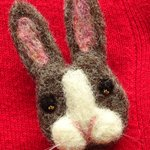This #handmade needle felt bunny rabbit brooch is a wonderful gift idea. Adorable!  https://t.co/DR7x5azKnJhttps://t.co/aPmVnLmIfw
