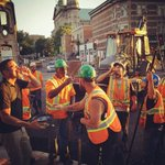 """Restaurant that set up """"terrasse"""" in the dirt on St. Denis celebrates the end of road work with workers https://t.co/U0rLqEO6en"""