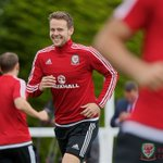 Wales were back on the training pitch this morning in Dinard as we prepare for #BELWAL. #WAL #Euro2016 https://t.co/fPebqL9J2L