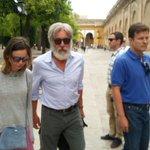 Harrison Ford visita en estos momentos la Mezquita-Catedral de Córdoba https://t.co/CyRvxu9BdV https://t.co/bALMCt7ico