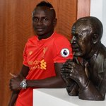 Sadio Mané joins Liverpool from Southampton for £30m on five-year deal https://t.co/xDXsbTCFPX https://t.co/obf1yV7fyz by @guardian_sport