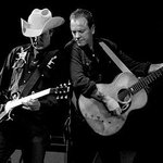 .@RealKiefer Sutherland brings his country rock to @PtboMusicfest in #Ptbo on Wed Jun 29 - https://t.co/XmZY75xX1j https://t.co/XSjy6fFFnS