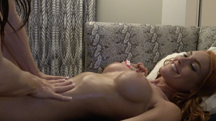Body Massage and Pussy Licking! by Vd0rXpkBTY xMks4