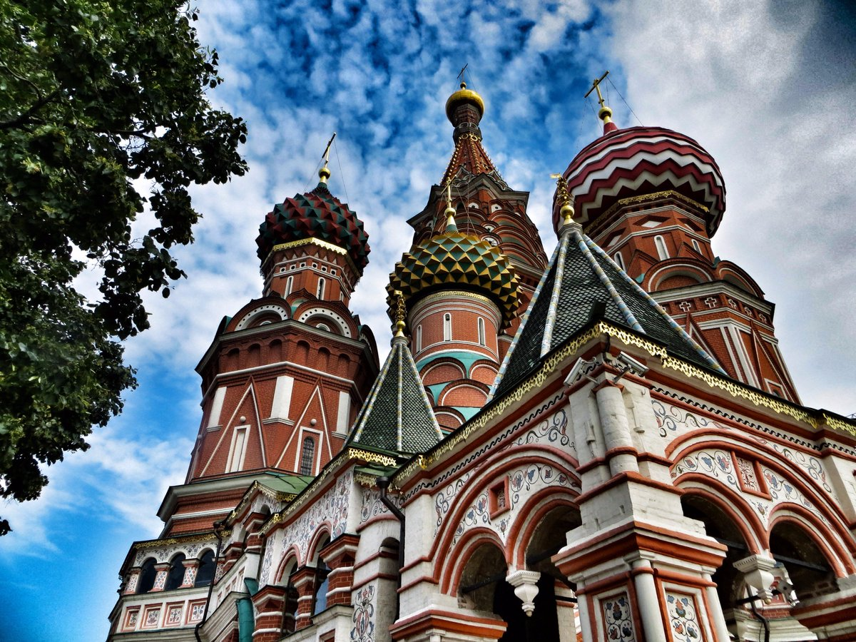 RT @colinjdunn: 28th June 2013 - St Basil's Cathedral #Moscow #Russia #RedSquare #3Yea ...