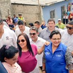 Recorrido con nuestro Presidente en #FlorDeBastión #GYE @MashiRafael @ppsesa @JCQuinonez @MonicaBecerraC https://t.co/S0t6AcEGkb