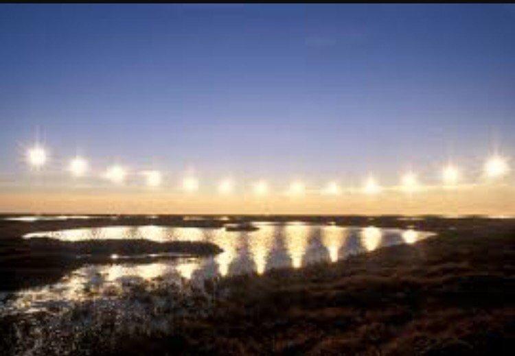Midnight sun proves #FlatEarth https://t.co/dj7Jt6fA0c