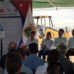 Colocando la 1ª Piedra de la Empresa Hyosung, generando 700 empleos más para #Torreón @rubenmoreiravdz https://t.co/z9gFj1Mu5w