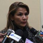 """.@JeanineAnez """"Ningún chileno tiene derecho a decirle al presidente @evoespueblo lo que tiene que hacer"""". https://t.co/HldgQBqTln"""