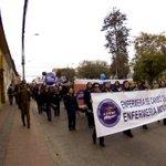 Enfermeros y enfermeras marchan en #LaSerena por proyecto de carrera funcionaria https://t.co/z6GqYG6a7W #Coquimbo https://t.co/jvlMMUJckl
