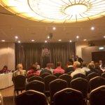 Aanvang raadsvergadering @GemeenteHenS: vandaag neemt de raad het besluit over de fusiepartner! https://t.co/uPAu8tl4Tn