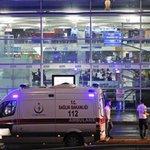 ???????? #Istanbul Le gouvernement Turc évoque 7 hommes derrière cette attaque. Lun interpellé. (France 24) #Atatürk https://t.co/yBQTMnnFCr