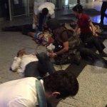LO ÚLTIMO | Atentado suicida en el aeropuerto Atatürk de Estambul: 10 muertos https://t.co/X75AoNqo6r https://t.co/dfYyo76ErA