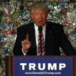 They couldnt find enough garbage to stand behind him, so they resorted to using actual garbage. #TrumpGarbageSpeech https://t.co/yKia7yQxTN