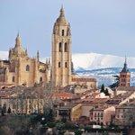 La inconfundible silueta de la Catedral de #Segovia Foto: Javier Civantos https://t.co/q5XABeMmx4