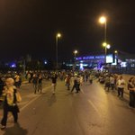 Huge numbers of passengers stranded outside Ataturk https://t.co/E5w4jRJI9N