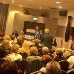 Met 10 stemmen vd 11 raadsleden kiest @RaadHaarlemmerl voor een #fusie met @haarlemmermeer! #trots! https://t.co/EormIk2QpV