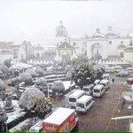 La nieve cae en el occidente de #Bolivia: Nevada en el municipio de #Copacabana #LaPaz // foto de @MomoMachicao https://t.co/pMcH8sCyiX