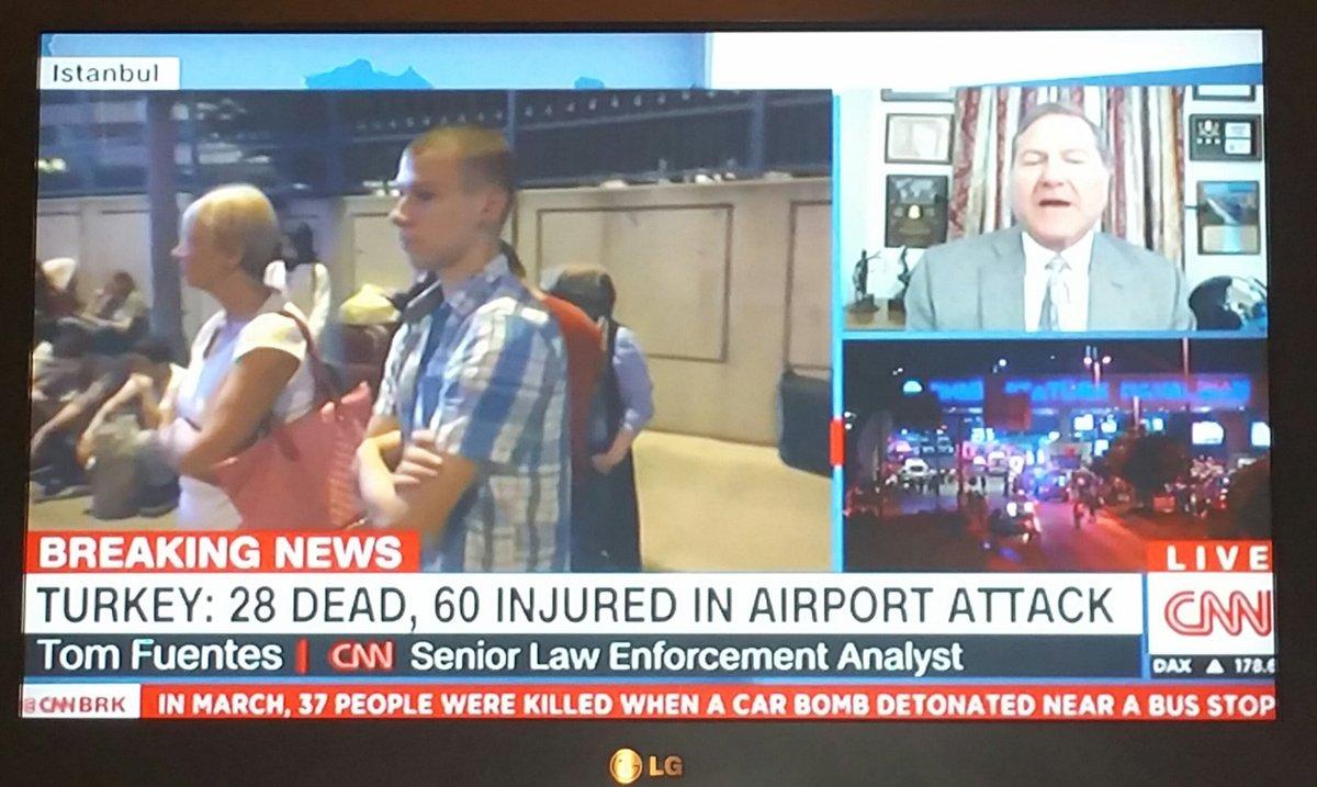 """Tecrübeli Güvenlik Uzmanı Tom Fuentes """"AHL inanılmaz güvenli bir havalimanı. Orada olabiliyorsa ABDyi düşünemiyorum"""" https://t.co/haq2vI1VSC"""
