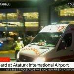 28 morts et 60 blessés dans un attentat suicide par 3 kamikazes à laéroport dIstanbul https://t.co/J5WTMQCLbs https://t.co/DZAlFkRCTh
