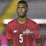 Roderick Miller central panameño de 24 años nuevo jugador de Nacional. Llega esta noche y mañana presentará exámenes https://t.co/ECNfs3T9Ty