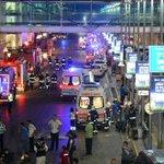 #Internacional | #ÚltimaHora | Explosiones y disparos en el aeropuerto de #Estambul dejan 28 muertos y 20 heridos. https://t.co/0tTAyftyyI