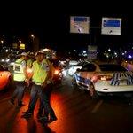ÚLTIMA HORA: al menos 50 muertos en el atentado en el aeropuerto de Estambul https://t.co/G94wpwK76g https://t.co/s8FBzVO5ey