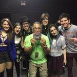 Meeting the opening act for tonights concert in Brazil! Conhecendo a Banda de abertura de joke @MelodySiXz https://t.co/2q3t1cfxIi