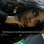 """""""Treinando meu português antes de ir pro show"""" Camila no snap ????????   camilanaps #727TourPortoAlegre https://t.co/OoGQf6CMNY"""