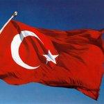 Une image vaut 1000 mots... Solidarité avec le peuple turc... ???????? https://t.co/xJRSSsVWoH