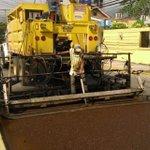 Continúan los trabajos de colocación de micro carpeta en #SPS mejorando la calle de  la 10 avenida. #SPSAvanza https://t.co/LElPaprFPv