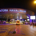 Asciende a 31 muertos y 147 heridos el balance de víctimas en Estambul: https://t.co/J8c02ehw2g   @EPinternacional https://t.co/diTqnw1cZW