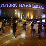 #Turquía Según el primer ministro, el ataque en el aeropuerto de Estambul, está asociado al Estado Islámico. https://t.co/AfVMgAitlm