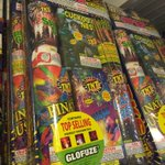 ANAHEIM-the biggest legal fireworks stand CA-safe & sane fireworks-But U still need to be safe @FOXLA 10pm Be There! https://t.co/hxVMrN53rl