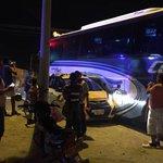 #AEstaHora: accidente de tránsito en la Troncal del Caribe, cercanías al terminal de Transporte en Sta Mta https://t.co/jMg3G8bsjS