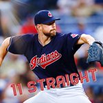 Indians take down Braves, 5-3, for their 11th straight win, Clevelands longest streak since 13-14. https://t.co/xxXfwtMzSJ