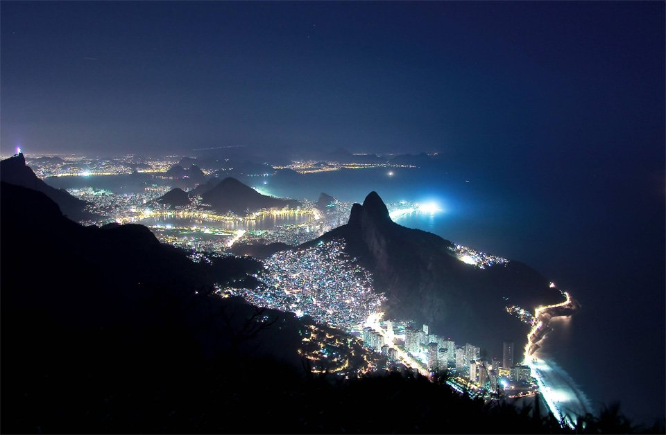 Rio De Janeiro Largest Favela In Night | Photography by ©Alexis Pazoumian https://t.co/qpkXQX3R3G