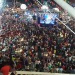 O Largo de São Pedro repleto de brincantes.  São Pedro -2016 https://t.co/2IE6GqnFvM