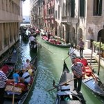 Beautiful sight of people sailing up the roads of Karachi after last nights rain. Haters will say this is Venice. https://t.co/8pGFb1qZIZ