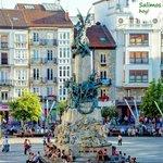 #salimoshoy Fotografía original de @reyesechava ・・・ Monumento a la Batalla de Vitoria, Vitoria, Gasteiz https://t.co/aIelQleOIf