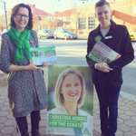 Great to be at #Tuggeranong Early Voting Centre with @DavisGreens.Thank you to everyone who said hello :) #Canberra https://t.co/yVnJCEpVt1