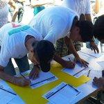"""No te estamos excluyendo"": Arias Cárdenas retira becas a estudiantes que firmaron por RR https://t.co/nRO9dnyiI3 https://t.co/gBXNguVX1D"
