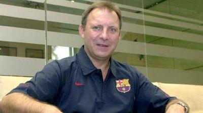 Un abrazo al gran @TToniBove  que tras 34 años deja el primer equipo del @FCBbasket ,merece  un gran homenaje. https://t.co/RL62paI9AL