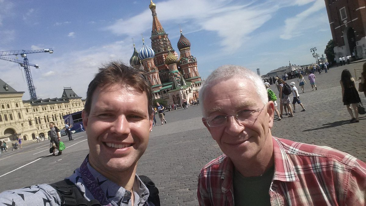 Vladimir and I at #redsquare #moscow https://t.co/VyDq6O30Xn