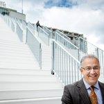 """""""@RDStad Burgemeester Ahmed Aboutaleb doet niet mee aan verkiezing tot lijsttrekker https://t.co/zet11W2VWs https://t.co/dv88iPjlpG"""""""
