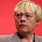 .@angelaeagle will challenge @jeremycorbyn for Labour leadership tomorrow, BBC understands https://t.co/K6pbNnkHr0 https://t.co/06ooWx2yuE