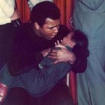 Photographer seeks to identify kids in 1977 Roxbury photos with Muhammad Ali https://t.co/47jU19zSD4 https://t.co/cMcUDG96YM